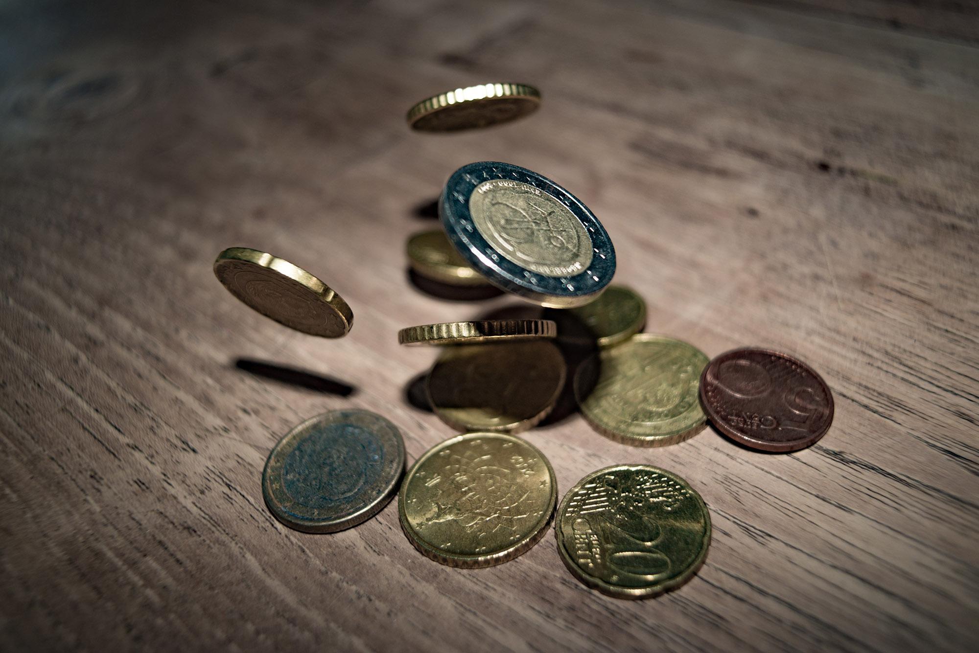 """Featured image for """"Niedrigzinsphase, Negativzinsen und Geldanlage: Kein Grund zur Panik"""""""